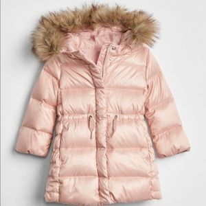 Toddler GAP max down puffer jacket